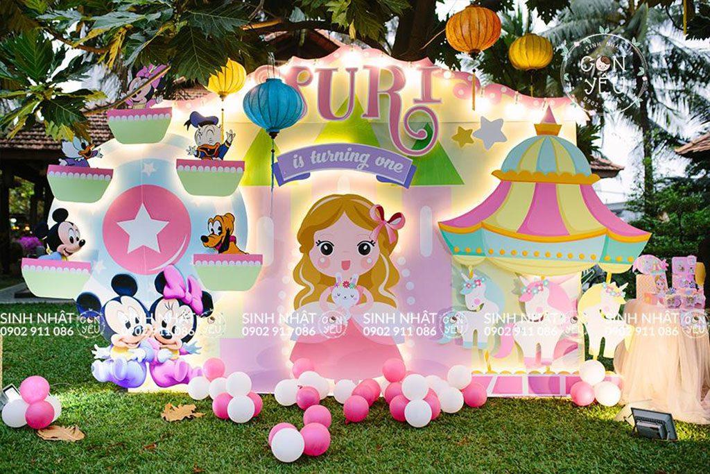 Trang trí sinh nhật chủ đề công chúa.