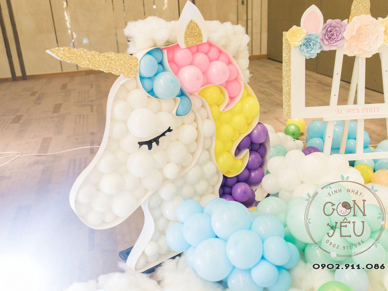 Trang trí thôi nôi chủ đề Unicorn cho bé Ái MyTrang trí thôi nôi chủ đề Unicorn cho bé Ái My