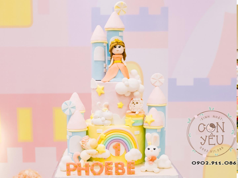 Bánh kem chủ đề công chúa cho bé Phoebe
