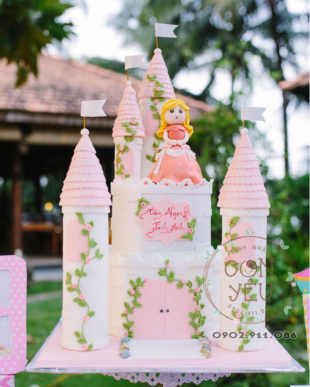 Bánh kem sinh nhật chủ đề Công Chúa