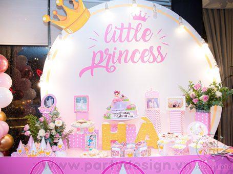 Trang trí sinh nhật bé gái chủ đề Little Girl