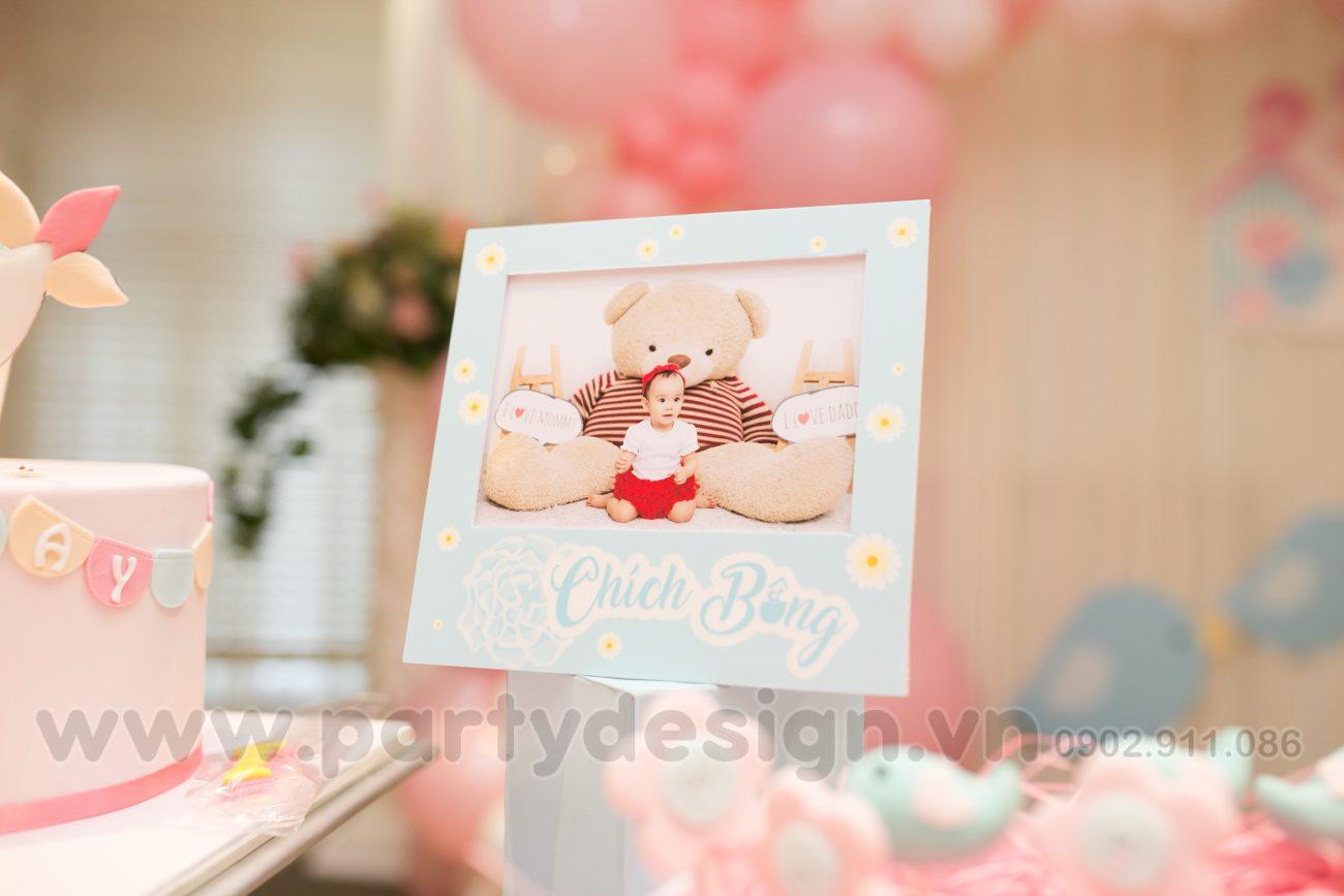 Trang trí sinh nhật bé gái chủ đề Chích Bông