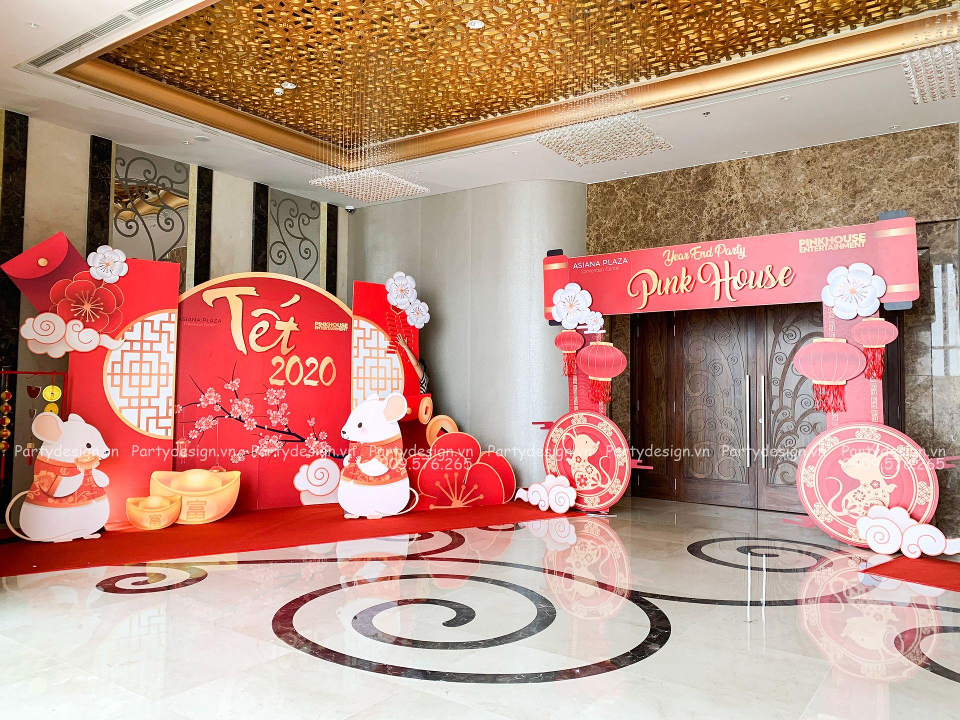 Backdrop & cổng trang trí tất niên / Year End Party Pinkhouse 2020