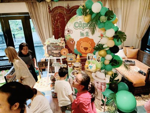 Trang trí sinh nhật Safari - bé Cà Phê
