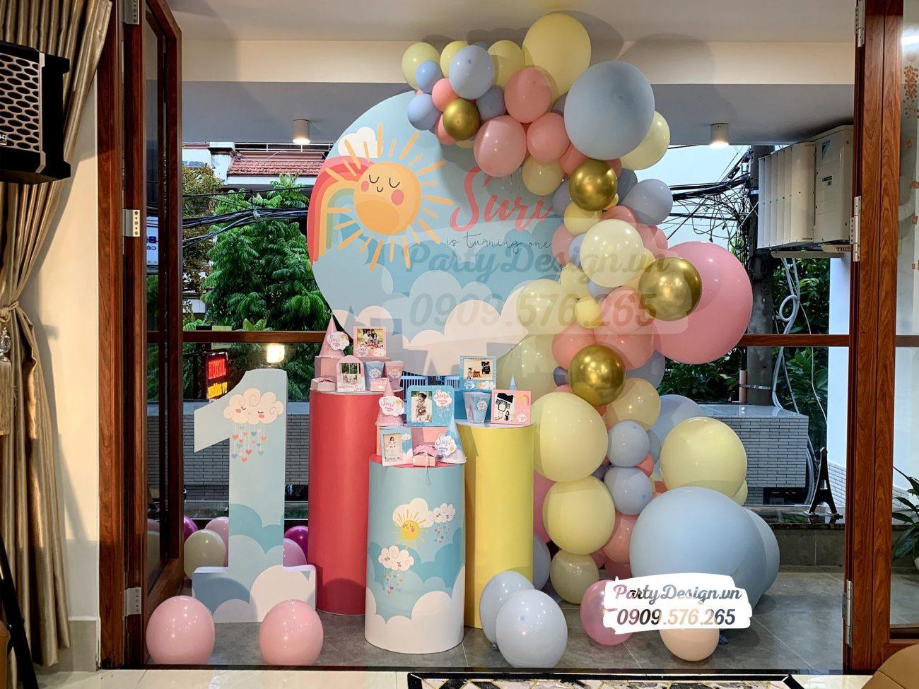 Trang trí sinh nhật tại nhà chủ đề mặt trời bé gái