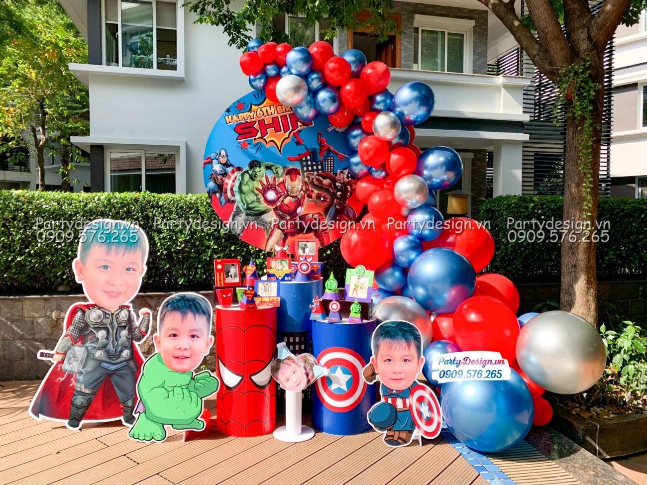 Trang trí sinh nhật tại nhà chủ đề Avengers cho bé trai