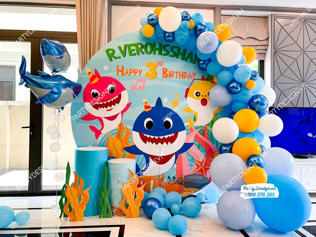 Trang trí sinh nhật tại nhà chủ đề Baby Shark