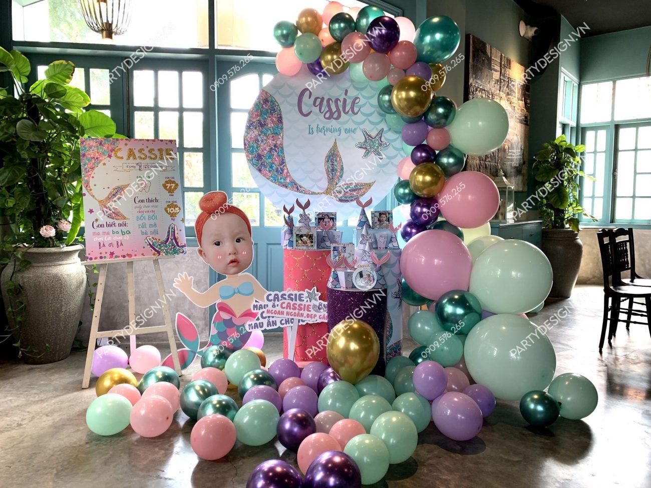 Trang trí sinh nhật chủ đề Nàng Tiên Cá cho bé gái
