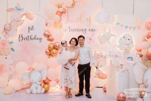 Trang trí sinh nhật chủ đề Công Chúa - bé Lily