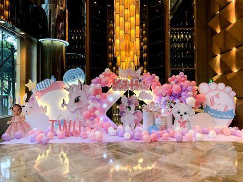 Trang trí sinh nhật chủ đề Unicorn - bé Kathy