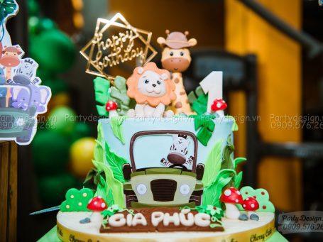 Trang trí sinh nhật chủ đề Safari - bé Gia Phúc