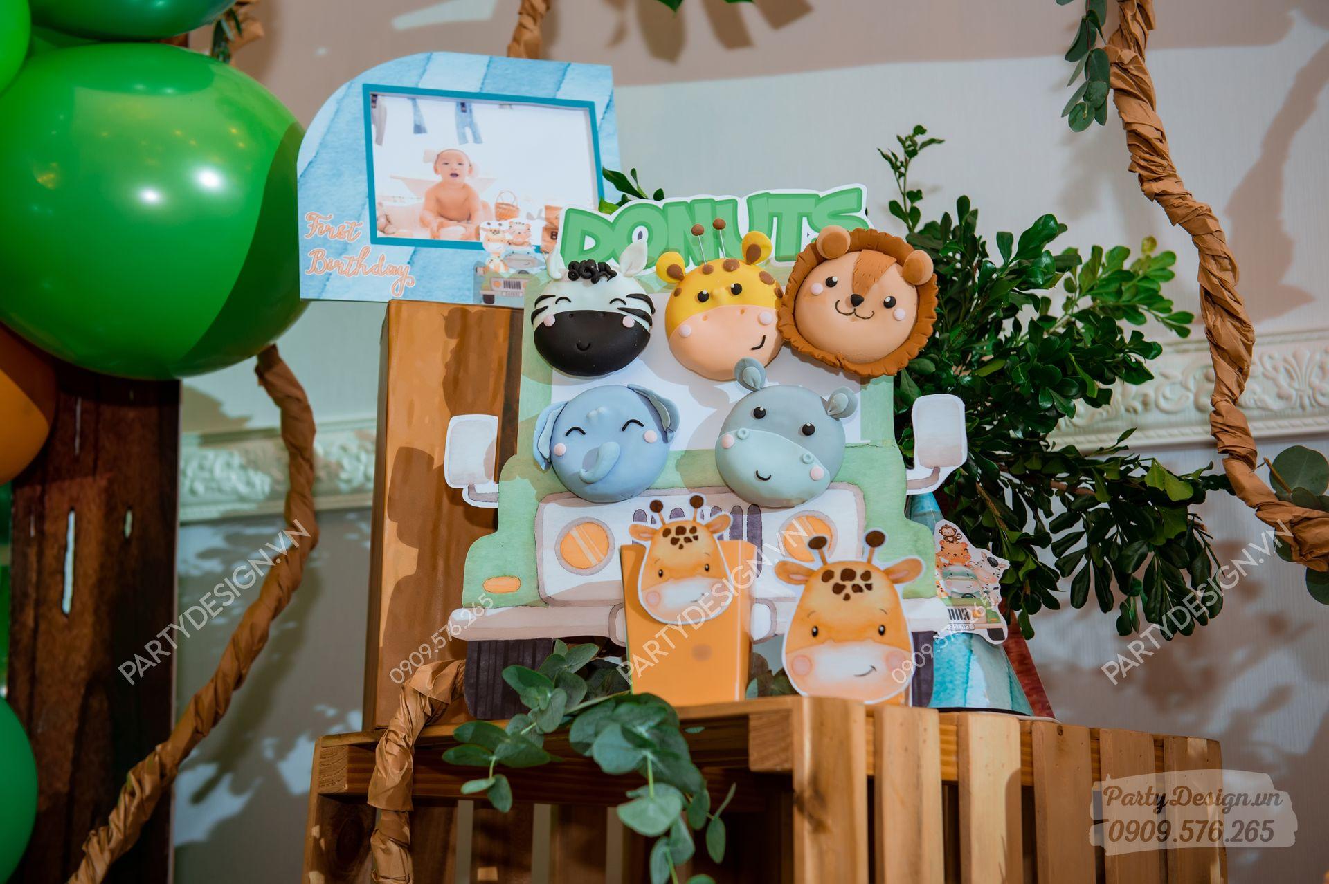 Bánh Cookie trang trí sinh nhật chủ đề Safari Rừng Xanh - bé Beckham
