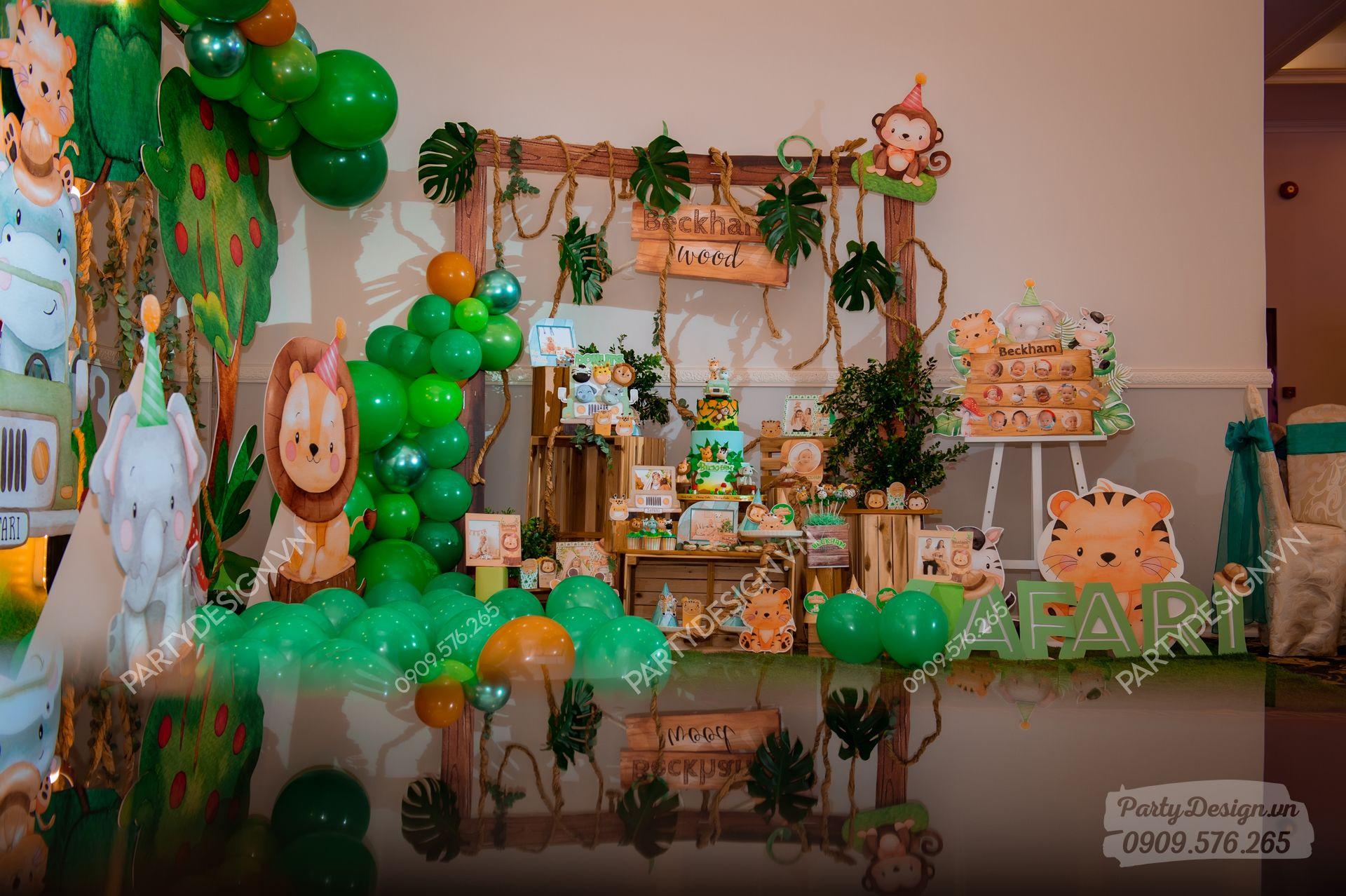 Trang trí sinh nhật chủ đề Safari Rừng Xanh - bé Beckham
