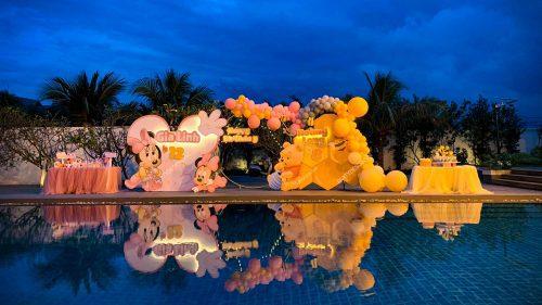 Trang trí sinh nhật hồ bơi ngoài trời - Minnie & gấu Pooh