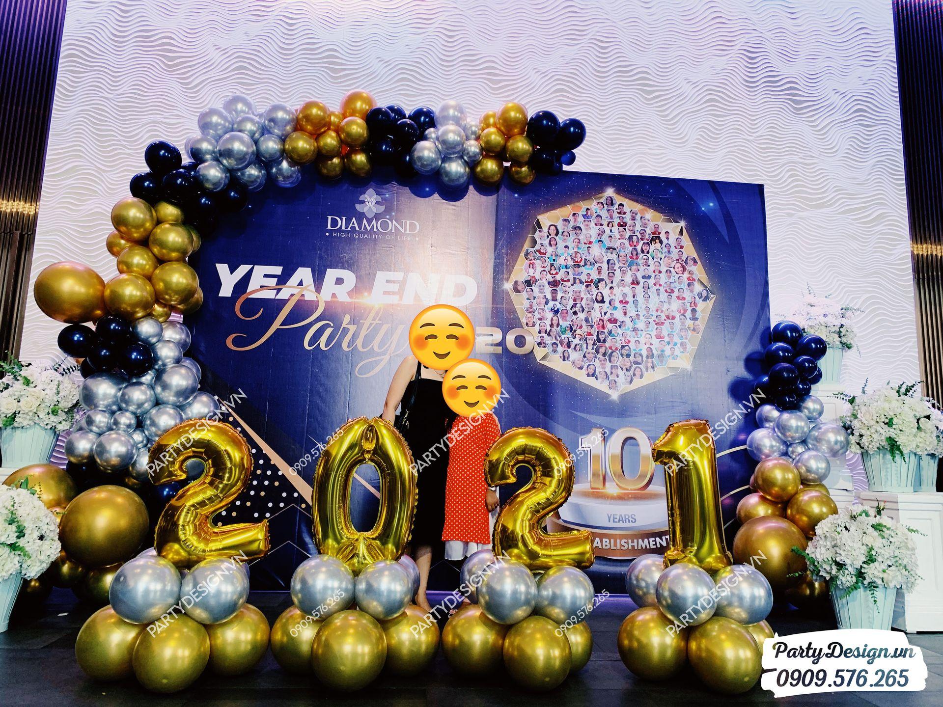 Backdrop trang trí tiệc Year End Party, tất niên Diamond